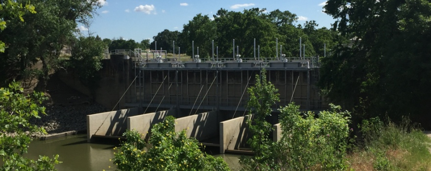 knights-landing-outfall-gate-april-2016-1
